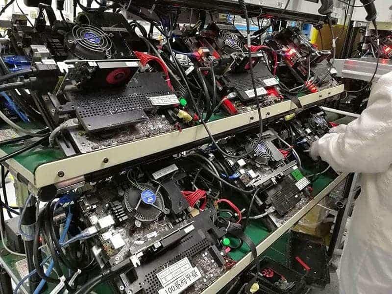 潛入微星恩斯邁廠 - 電競第一的主機板、顯示卡怎麼製造的? 11