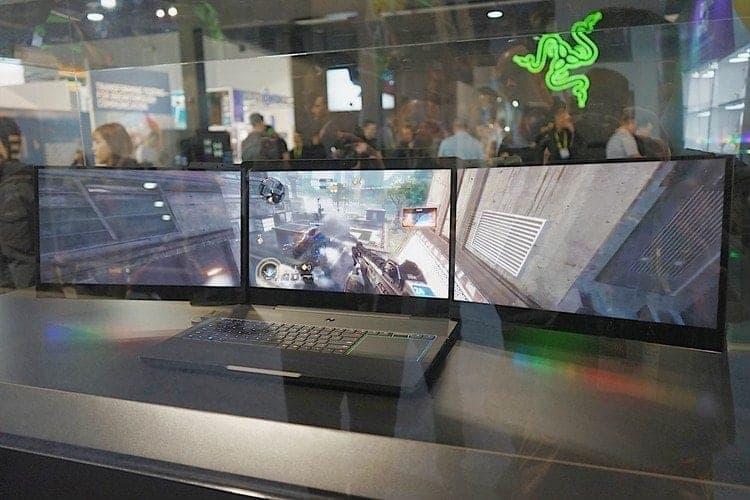 雷蛇Razer CES展-你碰不起的三螢幕電競筆電 3