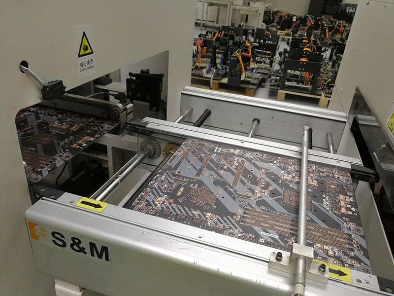 潛入微星恩斯邁廠 - 電競第一的主機板、顯示卡怎麼製造的? 6