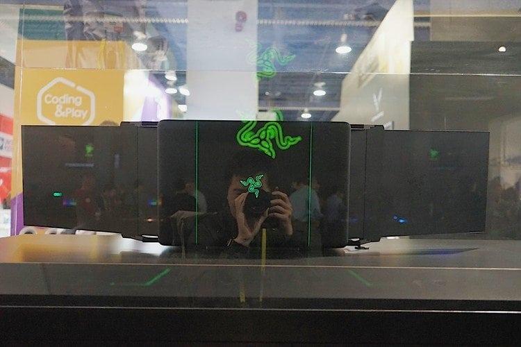 雷蛇Razer CES展-你碰不起的三螢幕電競筆電 6