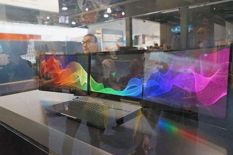 雷蛇Razer CES展-你碰不起的三螢幕電競筆電 7